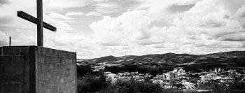 Em cidade mineira, onda de suicídio aterroriza mais que Covid-19