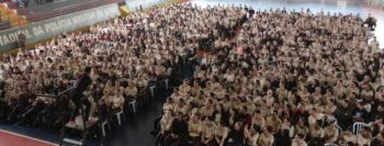 Quase 100 mil alunos se entregam a Jesus através de evangelismo nas escolas