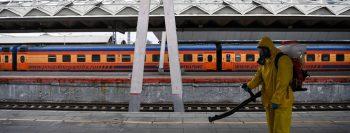Recorde de mortes por Covid na Rússia leva Moscou a decretar novas medidas de contenção